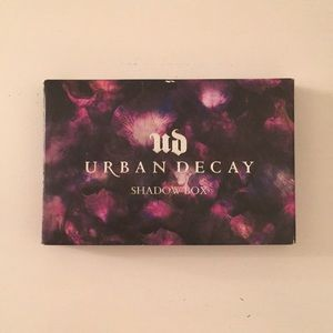 •NWT• Urban Decay Shadow Box Palette